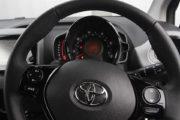 トヨタ アイゴ 1.0 VVT-i エクスプレス 5ドア Xシフト
