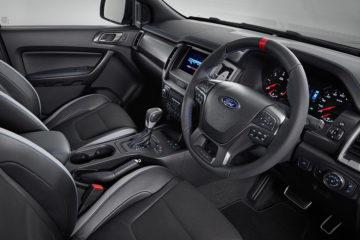 フォード レンジャー・ラプターのインテリア