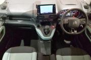 シトロエン ベルランゴ フレイアXL1.2 PureTech110S/S 5dr 6MT 英国仕様 右ハンドル