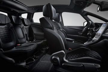 SL Black Editionの専用アルカンターラシート