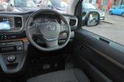 トヨタ プロエース ヴァーソ 2.0D ファミリー 180PS ミディアム