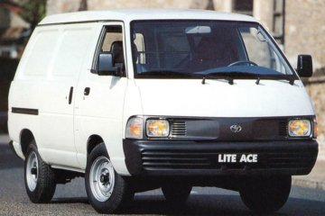 欧州で以前販売されていた小型LCV ライトエース(1996年まで)