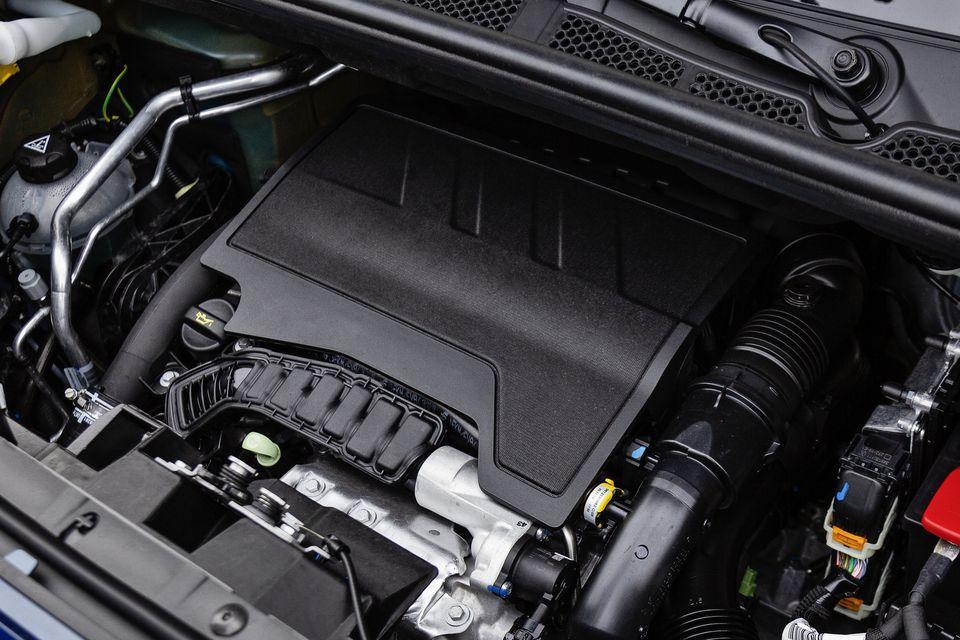 コンパクトなガソリン 1.2Lターボエンジン