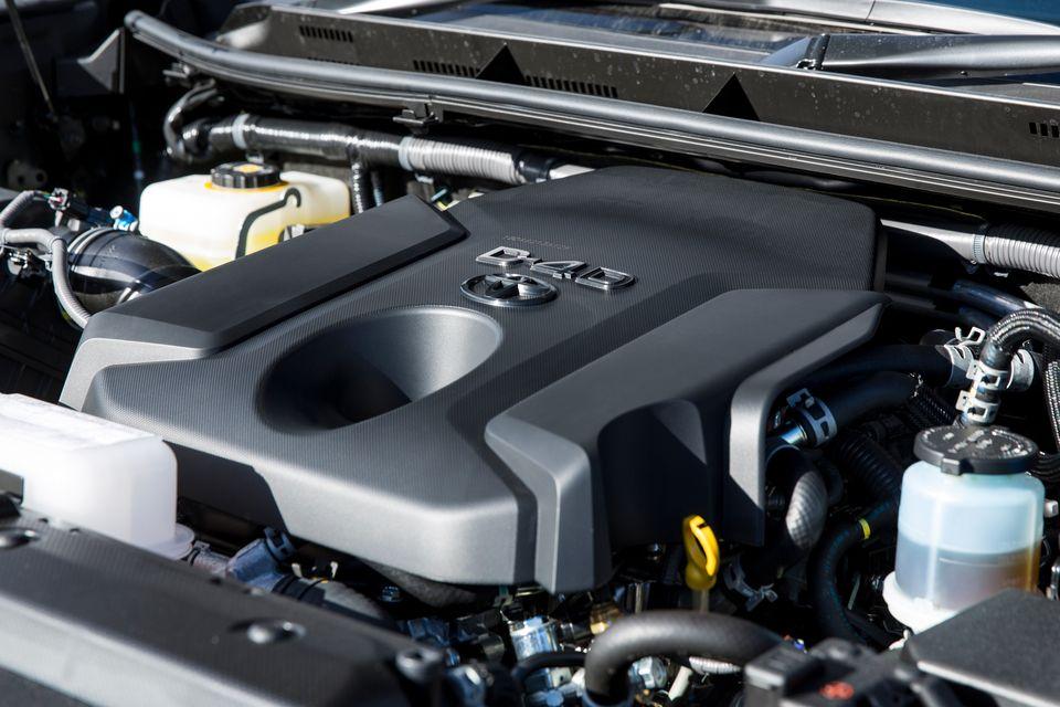 2.8L 直4 ディーゼルターボ D4-D 1GD-FTVエンジン