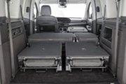 シートを畳むと大容量スペースが出現(7シーター仕様)